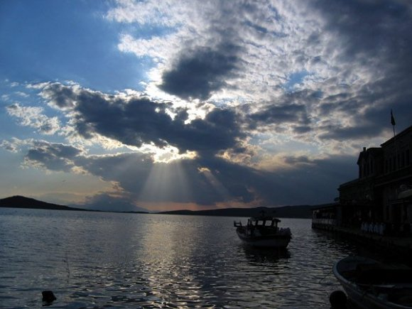 A Beautiful sun game at Ayvalık :)