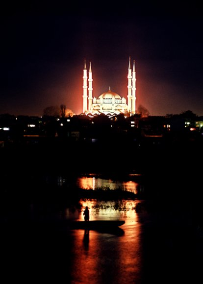 Edirne - Selimiye Mosque and Tunca River